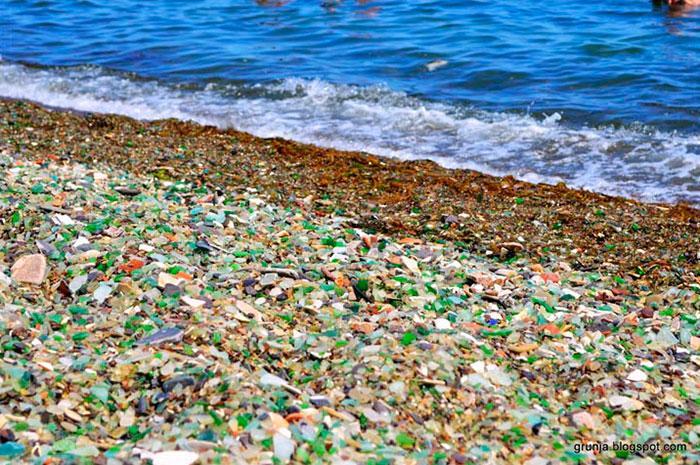 vodka-beach-bottle-pebbles-glass-ussuri-bay-russia-5