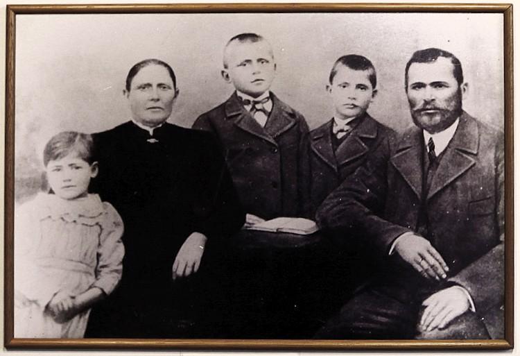 Jan Szychowski z rodziną