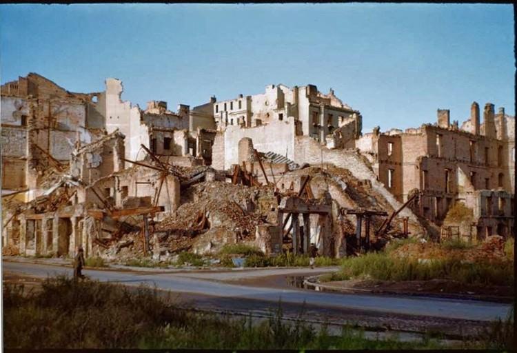 Warszawa w gruzach - zdjęcia