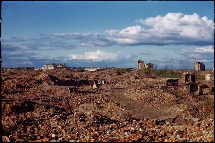 Zdjęcia zniszczonej po wojnie Warszawy