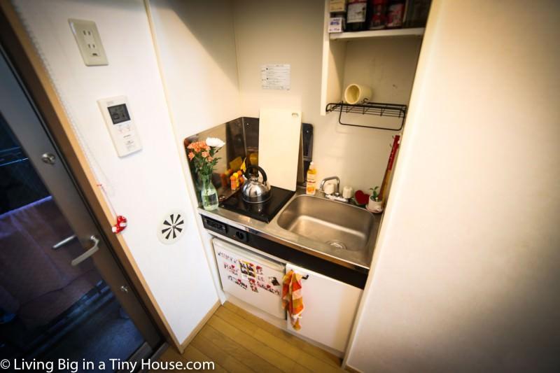 Życie w mikro-apartamencie, czyli kawalerka o powierzchni 8 metrów kwadratowych w Tokio