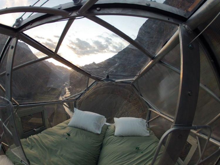 hotel na zboczu klifu w Peru