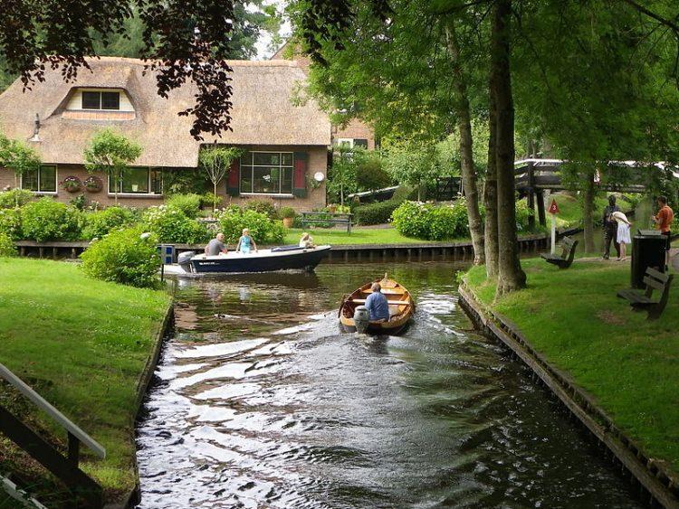 Giethoorn - holenderska Wenecja