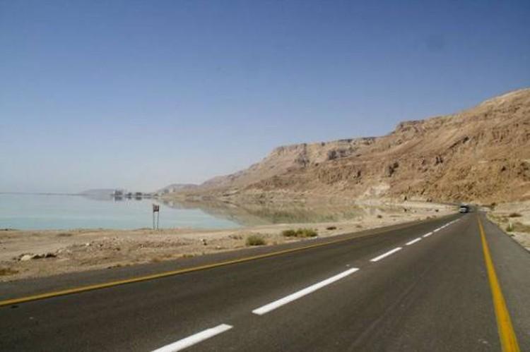 najniżej położona autostrada na świecie