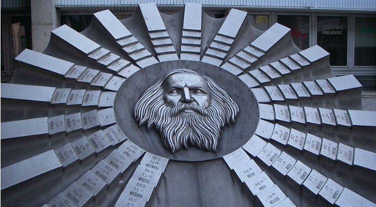 dmitrij mendelejew pomnik