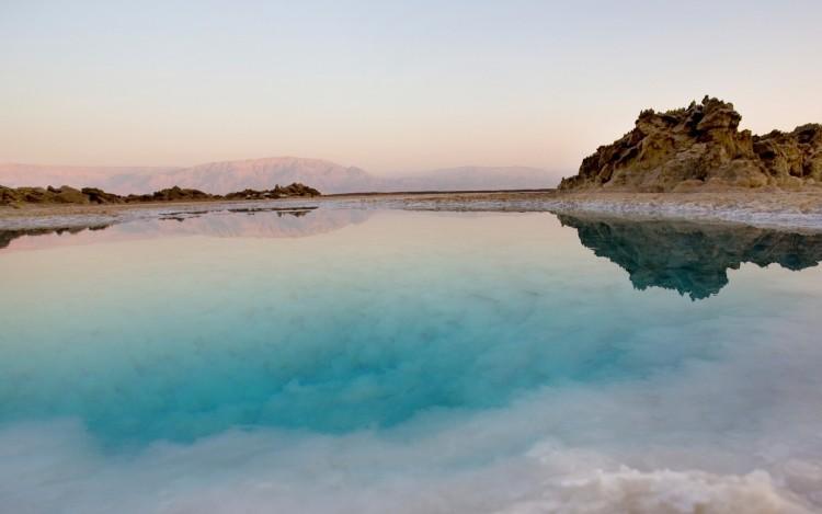 Morze Martwe sól i błoto
