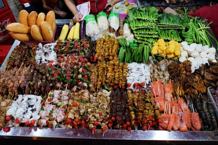 uliczne jedzenie w Hanoi