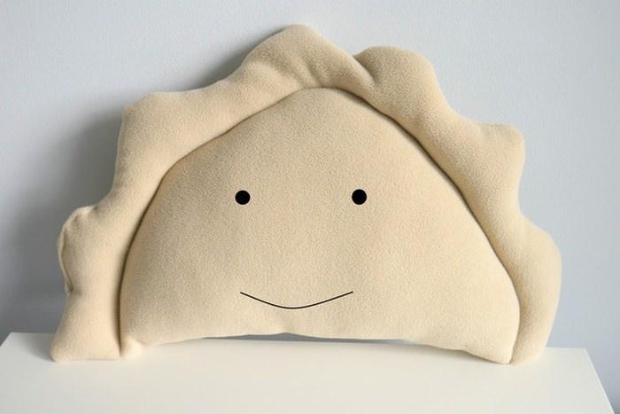 poduszka w kształcie pierożka