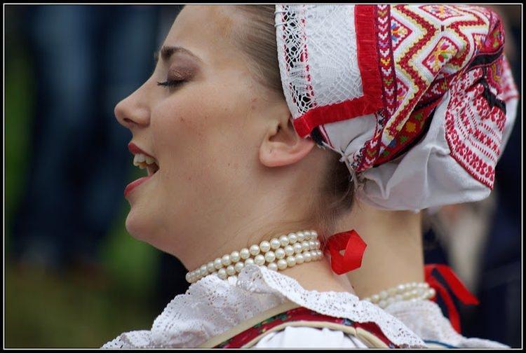festiwal folkloru we wsi Wychodna