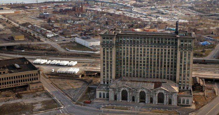 Opuszczony dworzec w Detroit