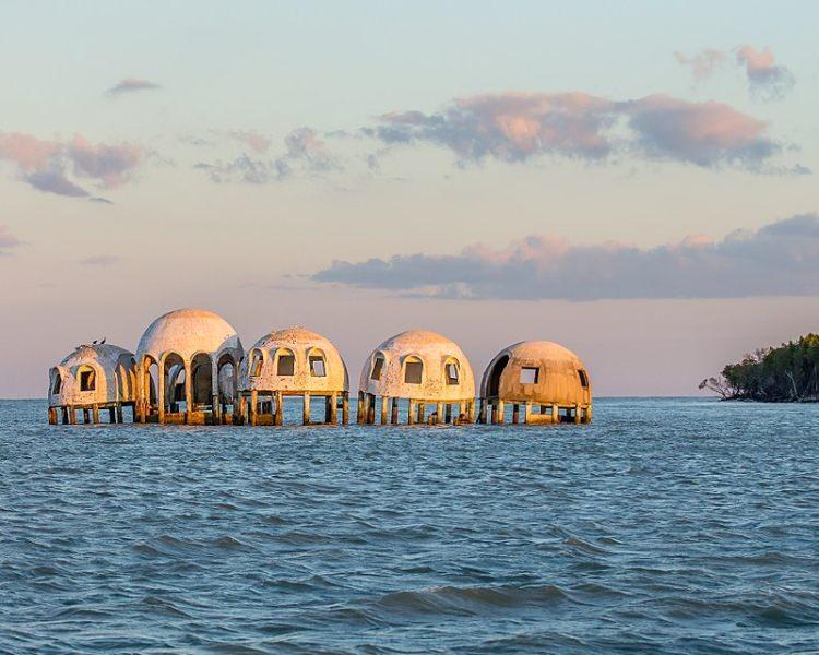 Kopułowe domy, wyspa Marco, Floryda