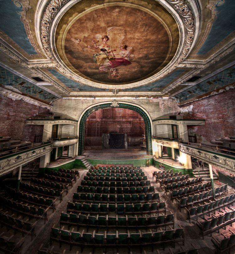 Opuszczony Teatr Orpheum, New Bedford, Massachusetts