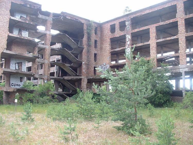 Prora - opuszczony kompleks wypoczynkowy