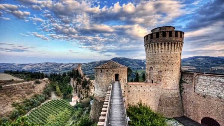 Zamek w miejscowości Brisighella