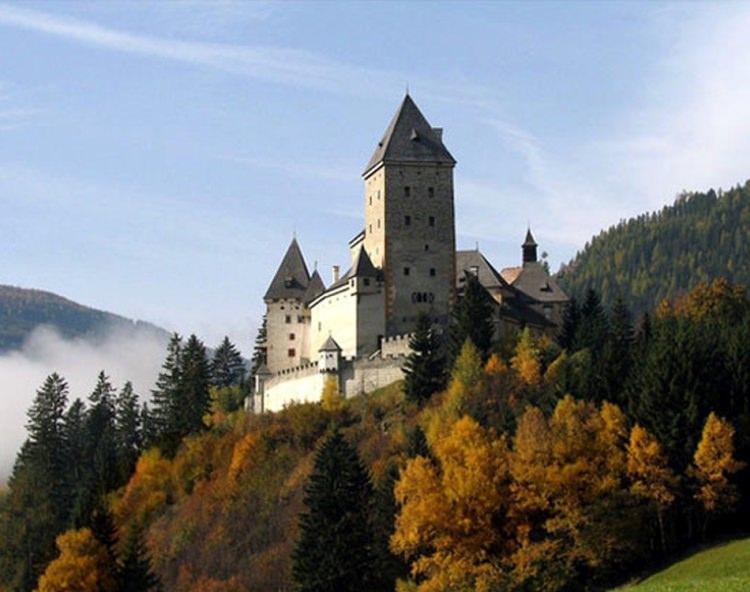 Zamek Moosham w Austrii