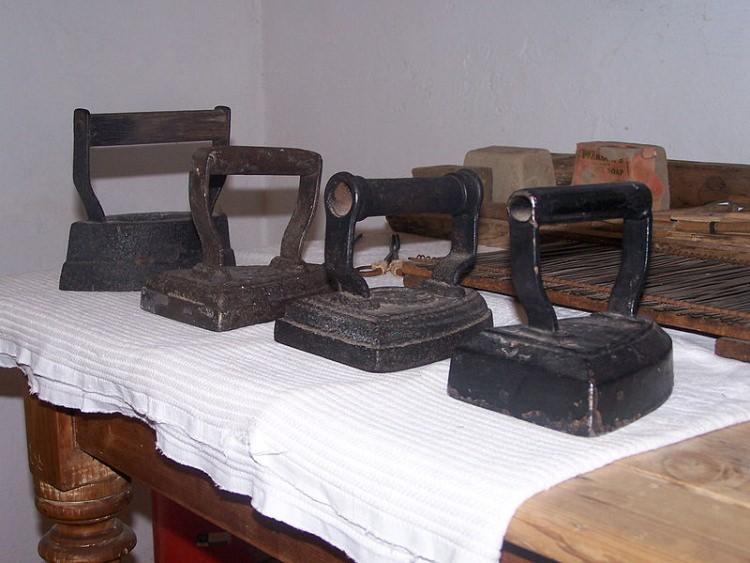 historia żelazka