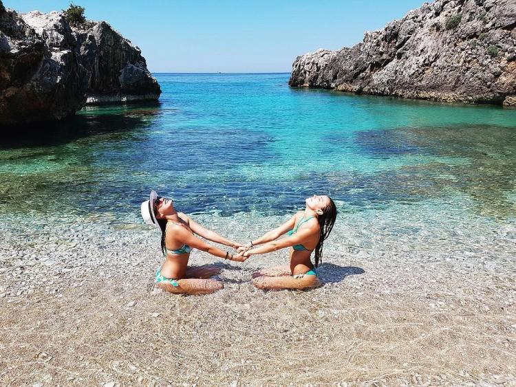 Plaża Gjiri i Akuariumit w Albanii
