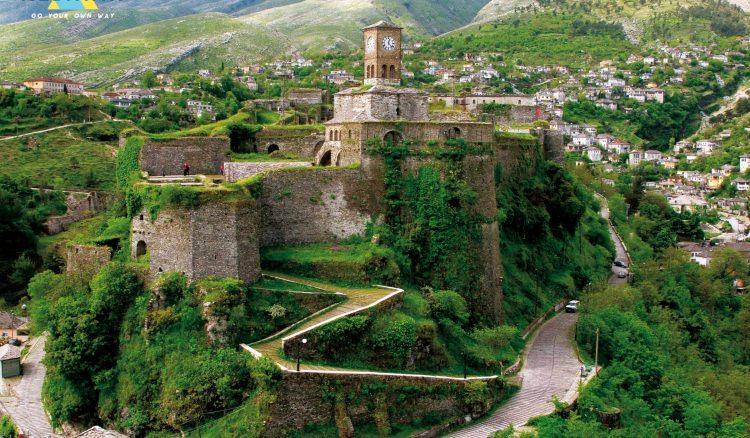 Gjirokastra – zamek