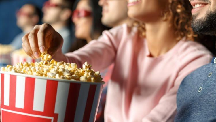 ile przepłacamy za popcorn