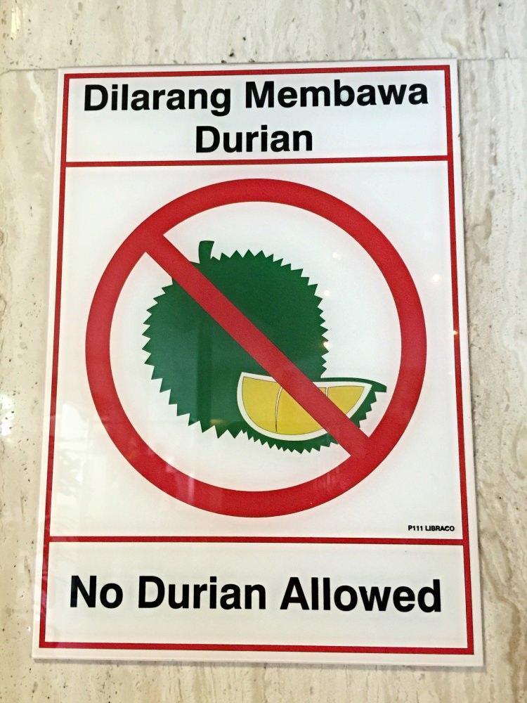 zakaz spożywania i wnoszenia owoców Duriana