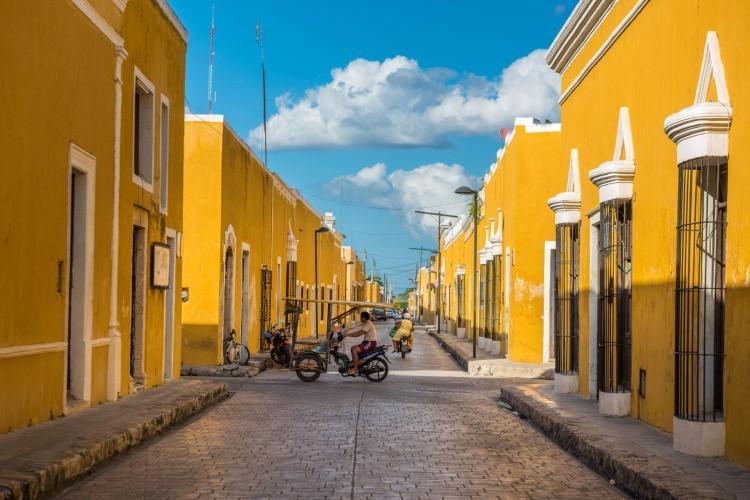 Izamal - słoneczne miasto w Meksyku