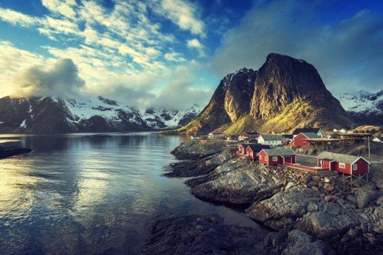 Reine w Norwegii - okolice Lofotów