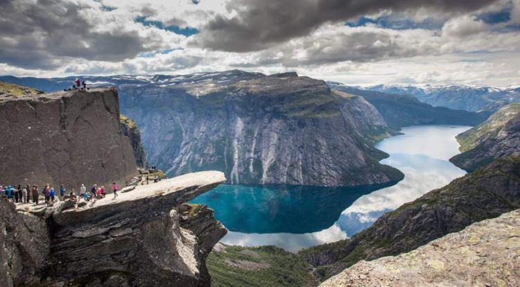 Trollstunga - język Trolla w Norwegii