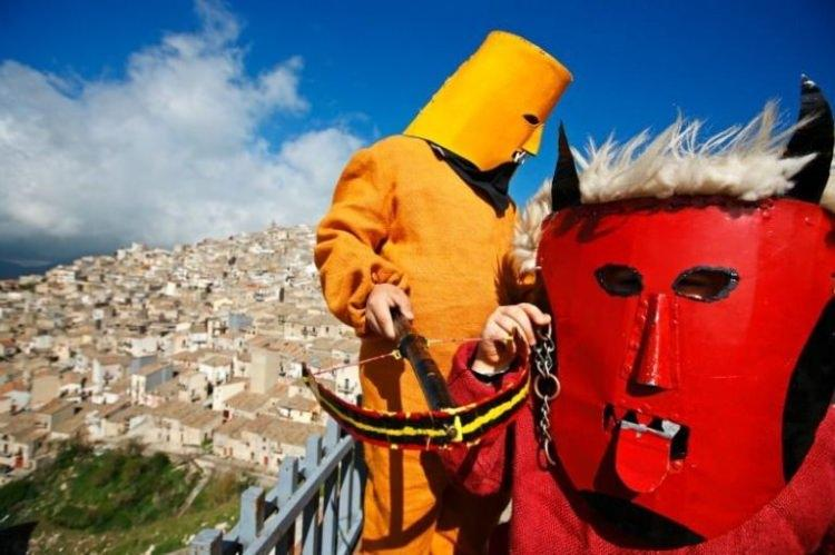 Tradycje Wielkanocne na Sycylii