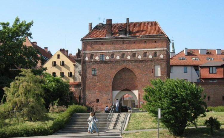 Brama Klasztorna w Toruniu