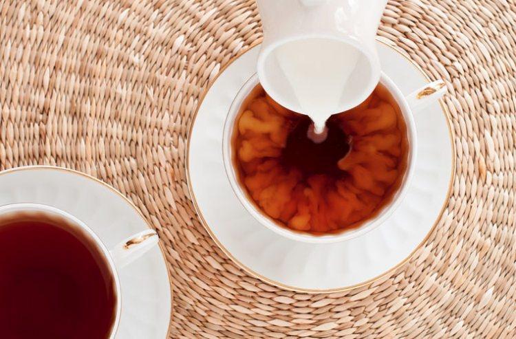 Five o clock czyli herbata z mlekiem w Anglii