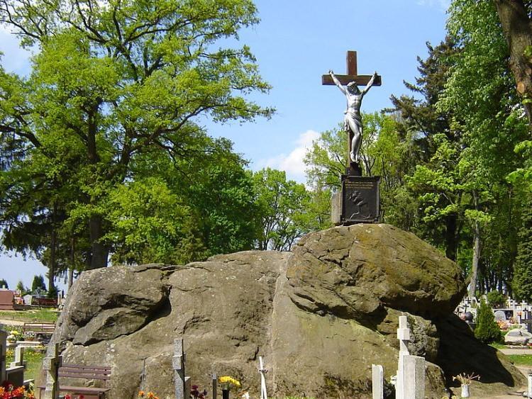 Największy w Polsce głaz narzutowy - Trygław