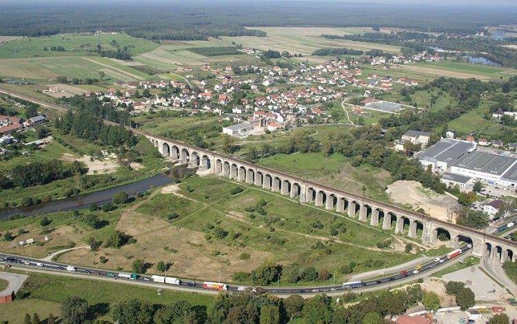 najdłuższy wiadukt kolejowy w Polsce