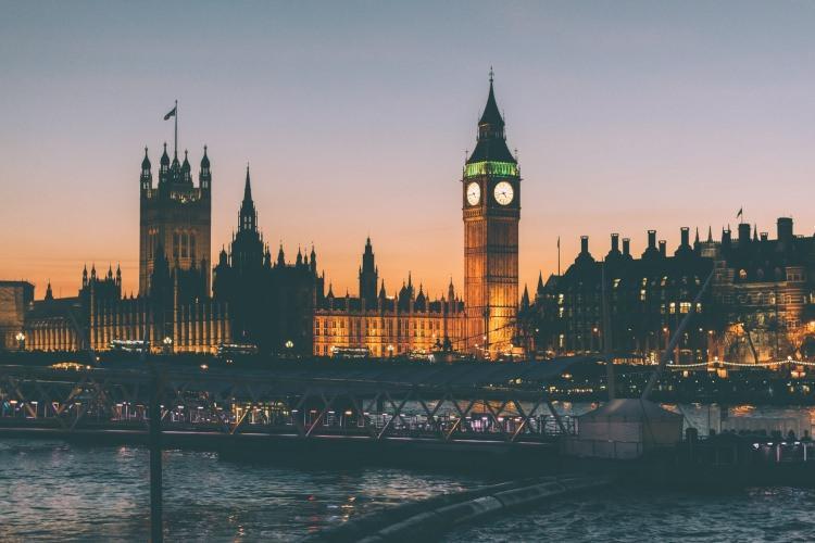 elizabeth tower w Londynie