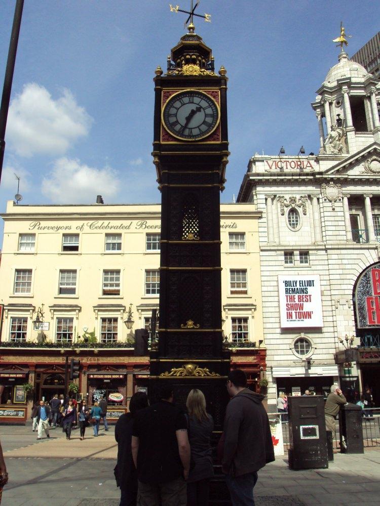 Little Ben w Londynie