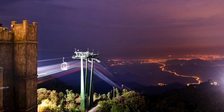 Kolejka linowa w parku rozrywki SunWorld w Wietnamie