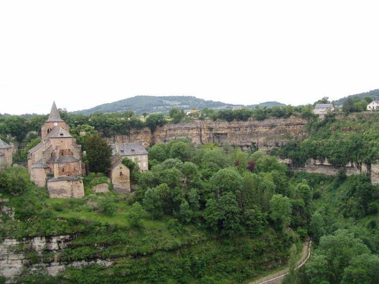 Bozouls - miasto na dziurą