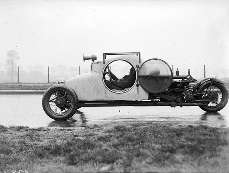 dziwne pojazdy z przeszłości