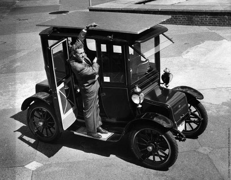 samochód napędzany energią słoneczną z 1960 roku