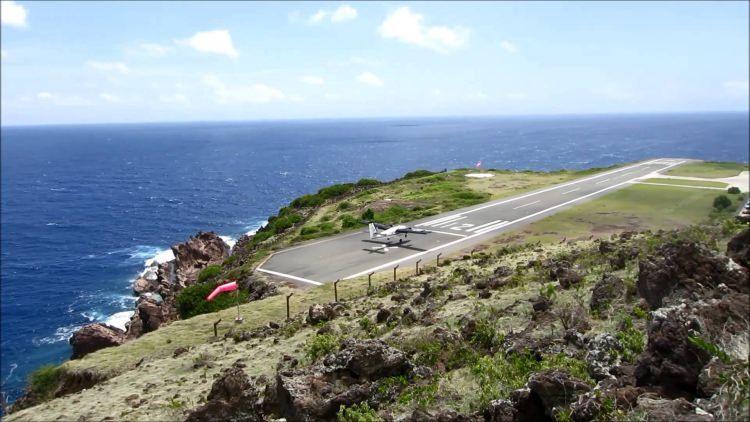 lotnisko na wyspie Saba zaliczane jest do najniebezpieczniejszych na świecie