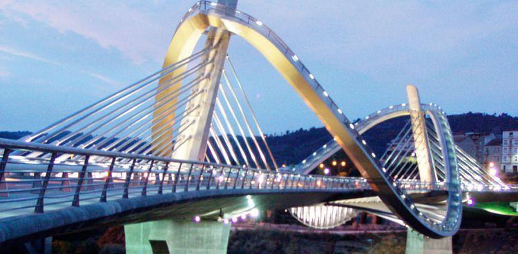 Most Puente del Milenio