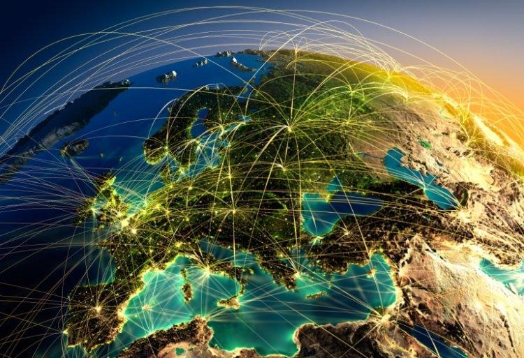 trasy samolotów nad Europą