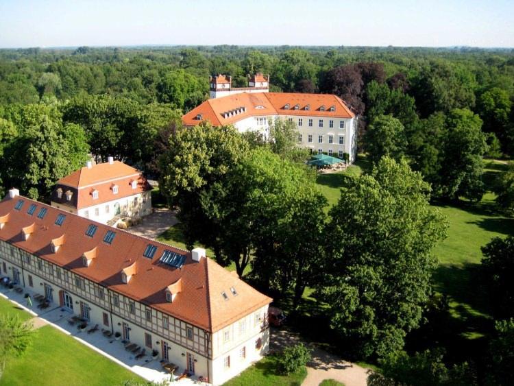 zamek Lübbenau - jedna z atrakcji Szprewaldu