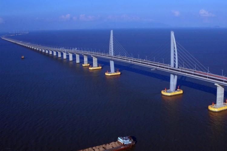 Hongkong-Zhuhai-Makau najdłuższy most świata