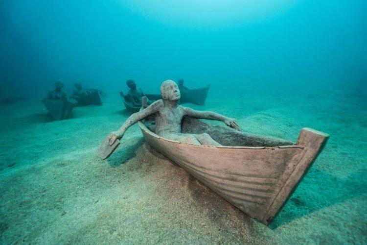 rzeźby pod wodą na Lanzarote