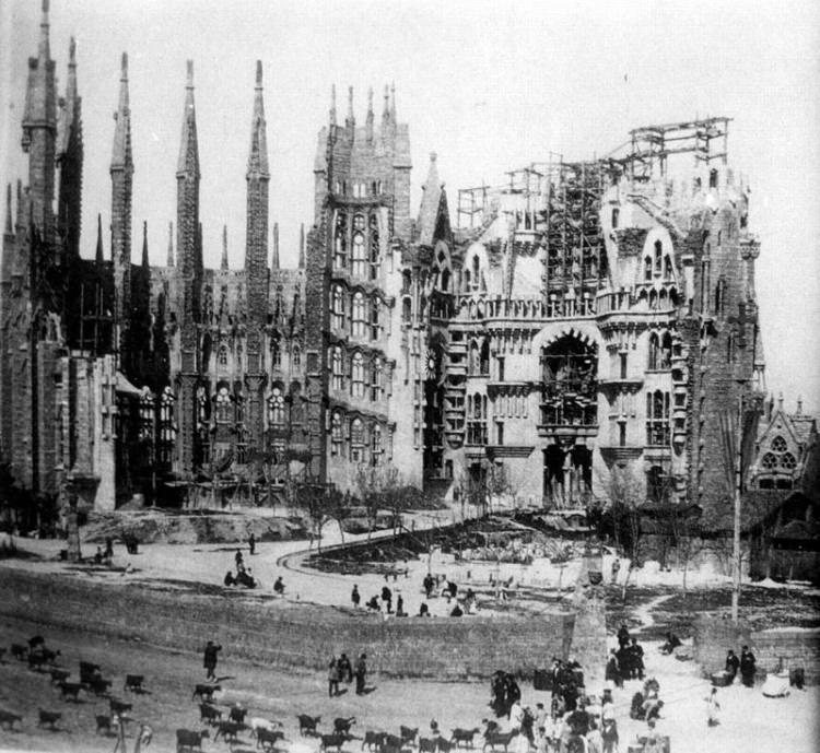 Sagrada Familia w Barcelonie w 1915 roku