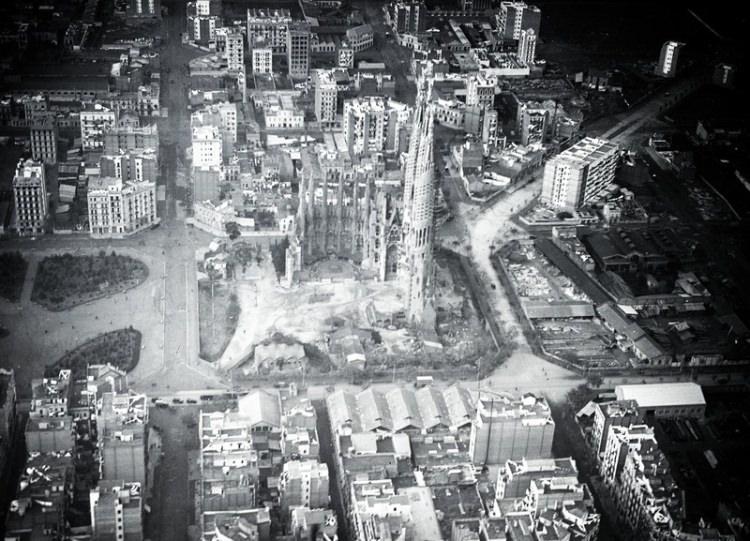 Sagrada Familia w Barcelonie  - stare zdjęcia i ciekawostki