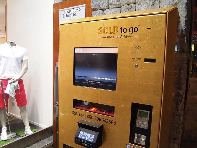 bankomat ze złotem w Dubaju