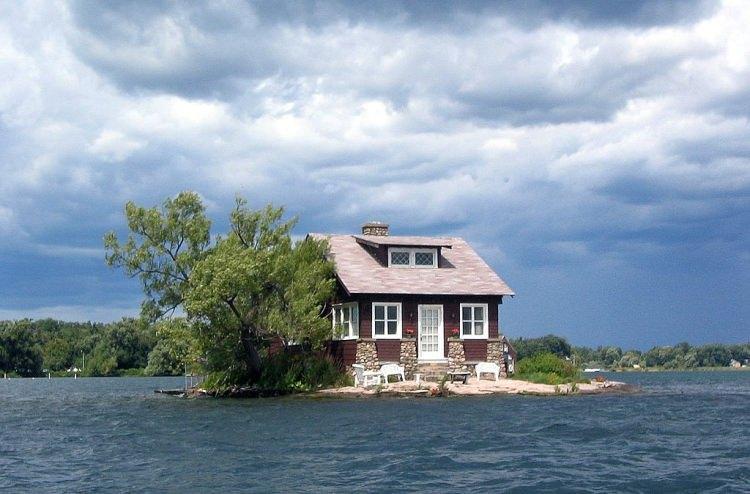 Just Room Enough Island - najmniejsza zamieszkana wyspa na świecie