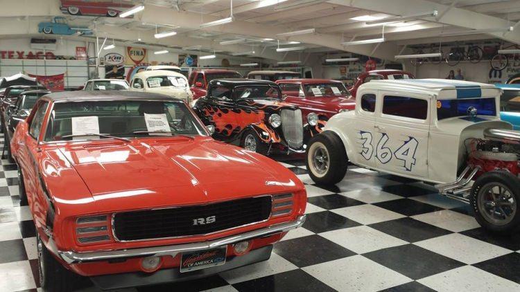 Route 66 Auto Museum w Santa Rosa