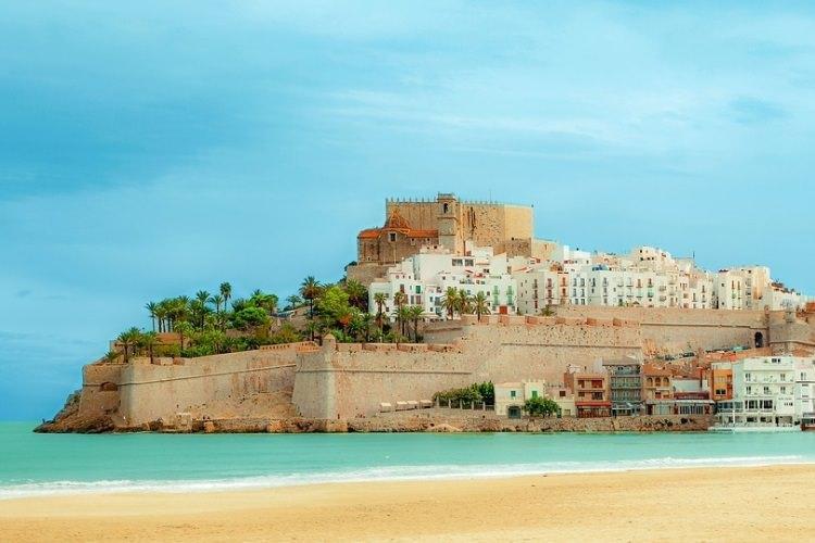 serialowe Dorne to tak naprawdę zamek Peñiscola